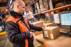 4 Great Reasons to Choose a Career in Shipping Receiving