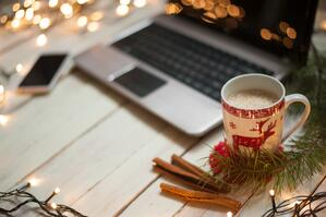 5_Reasons_to_Take_on_a_Temporary_Job_This_Holiday_Season
