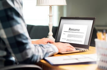 Looking-for-Your-First-Job-6-Tips-to-Craft-a-Successful-Resume