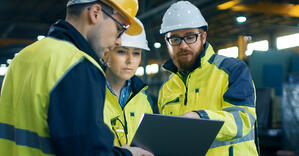 Top-6-Reasons-to-Consider-a-Career-In-Manufacturing